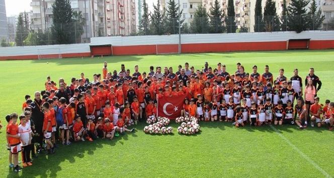 Adanaspor, İstanbul yolcusu