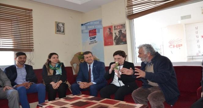 CHP'lilerin AK Parti'li Sarı ilgisi