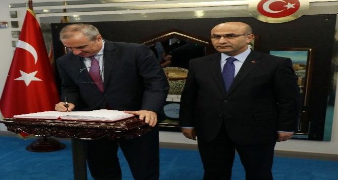 İsrail Büyükelçisi Naeh Adana Valiliğini ziyaret etti