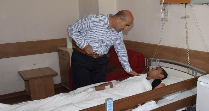 Vali Demirtaş'tan yaralı askerlere ziyaret