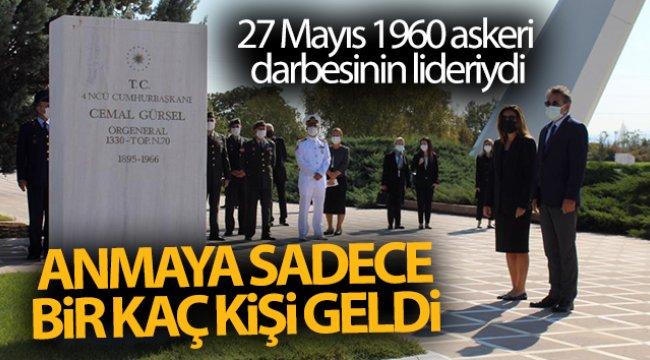 27 Mayıs 1960 askeri darbesinin liderini anmaya sadece birkaç kişi geldi