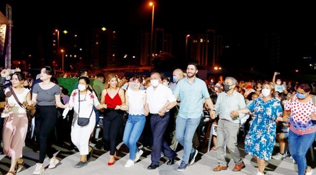 Seyhan'da Türküler barış için söylendi